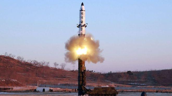 उत्तर कोरिया ने दिखाई US को आंख, फिर किया मिसाइल परीक्षण