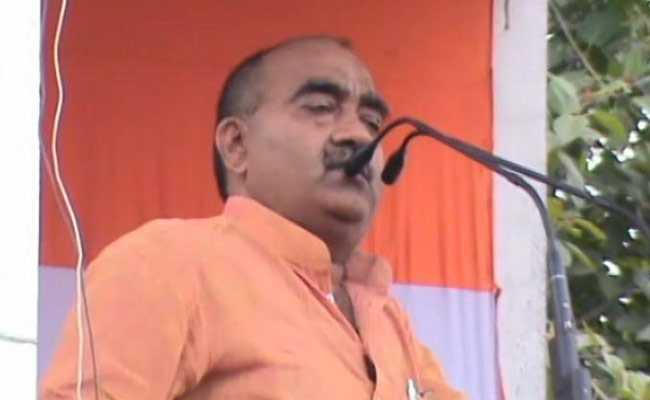 MP कांग्रेस नेता के विवादित बोल