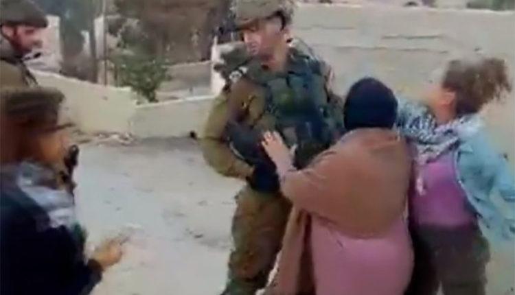 इजराइली जवान के साथ फिलिस्तीन महिला नें की मारपीट