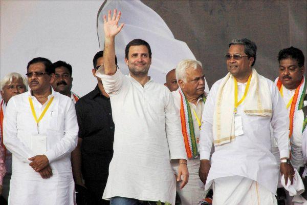 कर्नाटक के कांग्रेस नेताओं का बयान – बीजेपी है हिंदू विरोधी, हिंदुओं का कर रही अपमान