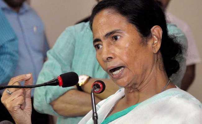 असम: NRC संबंधी टिप्पणी को लेकर सीएम ममता बनर्जी के खिलाफ FIR दर्ज