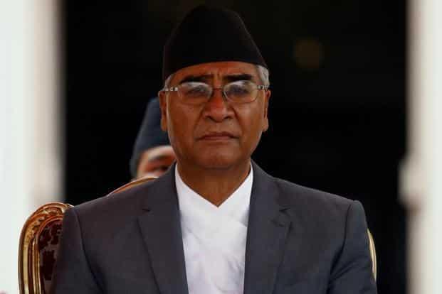 नेपाल : सुप्रीम कोर्ट के आदेश के बाद आज नेपाली कांग्रेस के अध्यक्ष शेर बहादुर देउबा लेंगे पीएम पद की शपथ ।