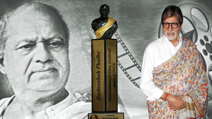 """""""दादा साहब फाल्के"""" पुरस्कार से सम्मानित किए गए अमिताभ बच्चन!"""