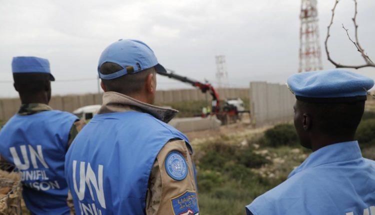 टिम्बकटू में रॉकेट और कार बम हमले , एक शांति सैनिक की मौत