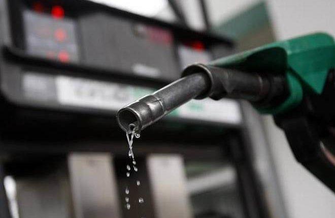 खुशखबरी! पेट्रोल 10 पैसे प्रति लीटर की हुआ सस्ता, डीजल में कोई बदलाव नही
