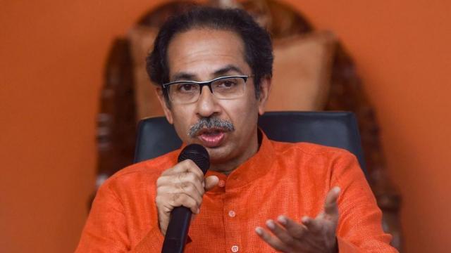 महाराष्ट्र: शिवसेना को सरकार बनाने में पवार के बयान से होगी देरी।