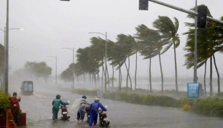 कई इलाकों में आंधी  बारिश का कारण बना cyclone   vayu