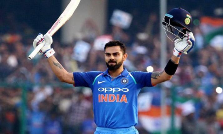 कोहली ने सचिन का रिकॉर्ड तोड़ा, सबसे कम वनडे पारियों में 10 हजार बनाए