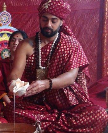 महायोगी योगेंद्र नाथ का कौल संन्यास के साथ अध्यात्म की अनंत यात्रा का आरंभ ।