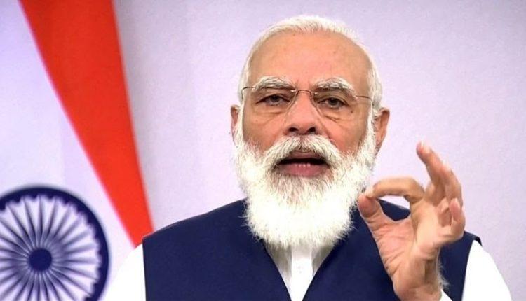 कोरोना वैक्सीन का जायज़ा लेने के लिए प्रधानमंत्री ने किया हैदराबाद का दौरा।