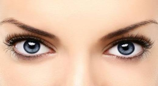 अगर आप की आँखों की रोशनी है कमजोर, तो आजमएं ये उपाय