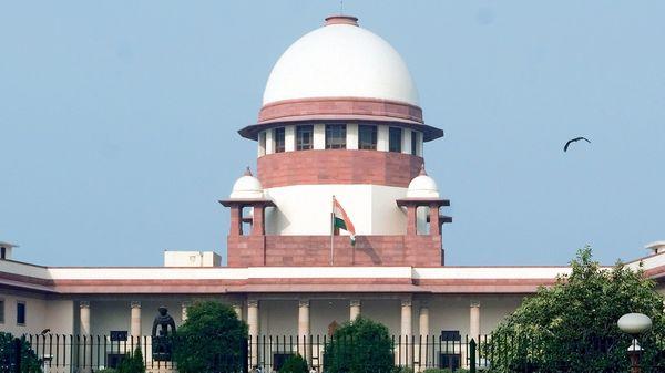 सुप्रीम कोर्ट ने SC-ST कानून को मंजूरी दी, कानून मूलरूप में बना रहेगा, ली जा सकेगी अग्रिम जमानत।