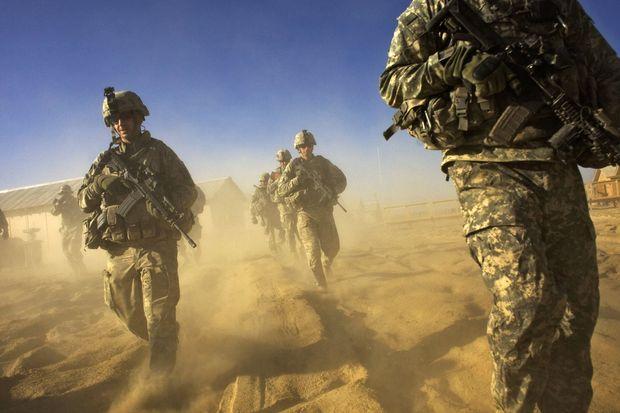 अमेरिकी और नाटो सैनिकों की अफगानिस्तान से वापसी का अंतिम चरण औपचारिक रूप से शुरू हुआ ।