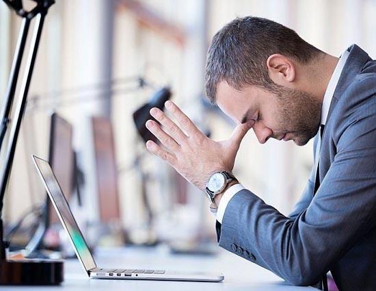जानिए ऑफ़िस का तनाव और चिंता से मुक्ति पाने के 5 आसान तरिकें