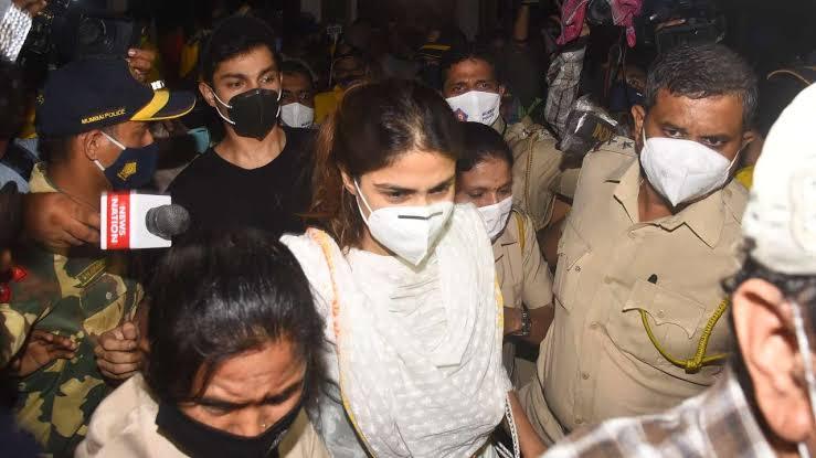 सुशांत सिंह राजपूत केस: 3 दिनों की पूछताछ के बाद NCB ने रिया चक्रवर्ती को किया गिरफ्तार
