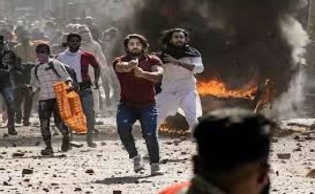 दिल्ली में दंगा फैलाने के लिए ताहिर हुसैन समेत 5 लोगों को मिले थे 1.61 करोड़ रुपये