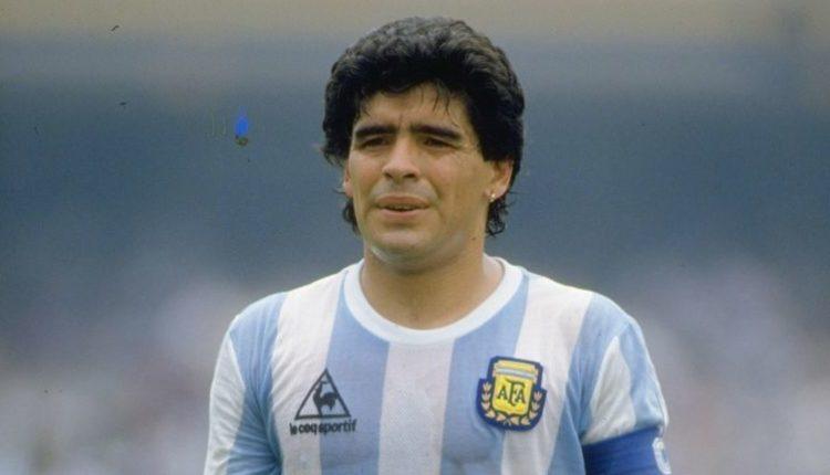 अर्जेंटीना के महान फुटबॉलर डिएगो माराडोना का 60 साल की उम्र में निधन।